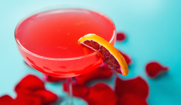 casa-amor-blood-orange-cocktail-620x360